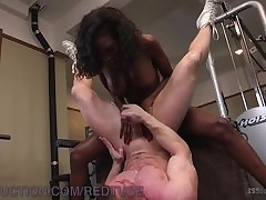 Natsssia Dreams Fucks Muscled Congest..
