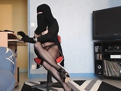 hot arab trans feigning webcam..