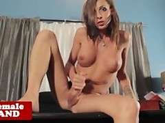 Tgirl looker alone wanking their way..
