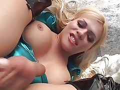AMERICAN Tow-headed TGIRL STROKERS